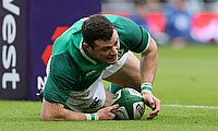 Robbie Henshaw goes in for the first try