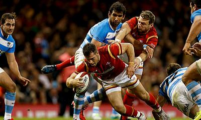 Gareth Davies scores Wales' second try against Argentina