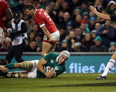 Man of the match Ultan Dillane scored the fifth of Ireland's eight tries