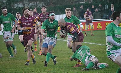 Sedgley Park aiming to close in on top two