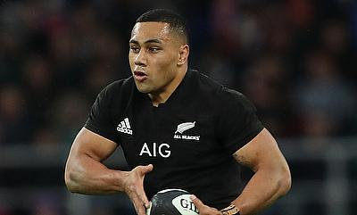 Ngani Laumape powered over for a second-half try as New Zealand ran out winners against a France XV in Lyon