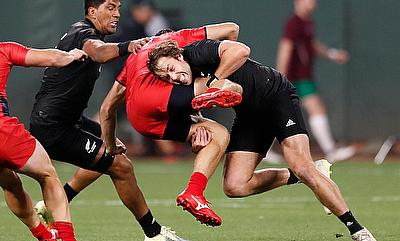 New Zealand captain Tim Mikkelson tackles against Russia on day one of the Rugby World Cup Sevens 2018 at AT&T Park in San Francisco