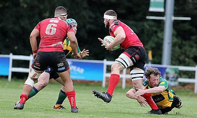 Redruth beat Canterbury to maintain flying form