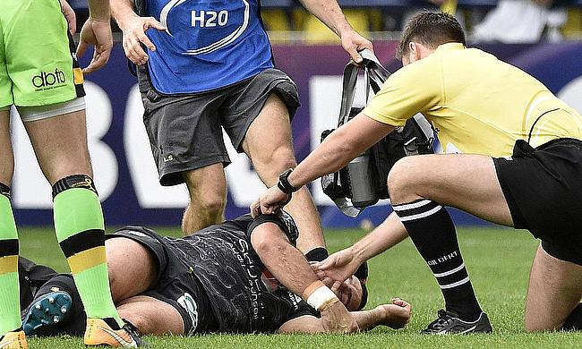 Morgan Parra recieving treatment in the Champions Cup