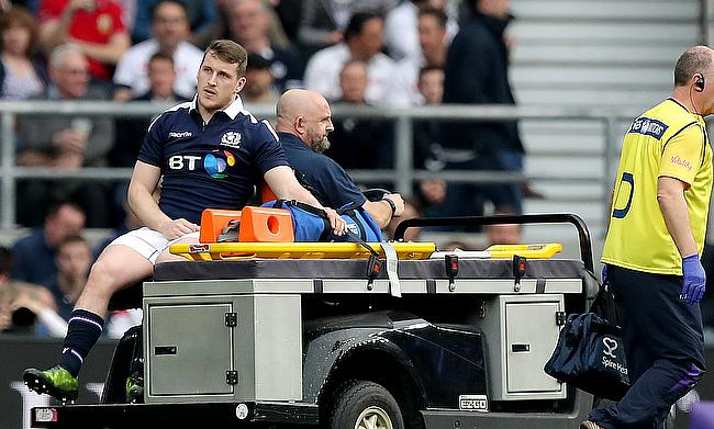 A knee injury suffered on Scotland duty has delayed Mark Bennett's debut