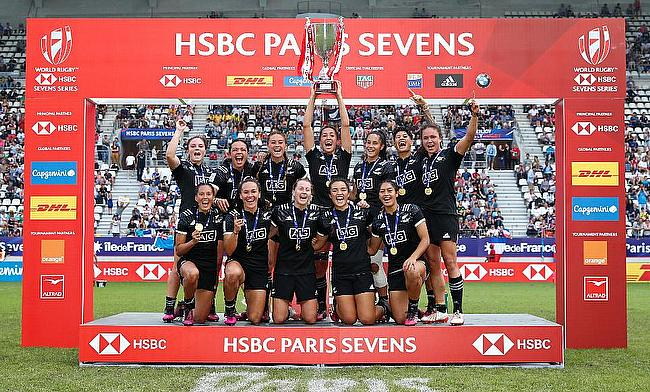 New Zealand Women's team celebrating their win in Paris
