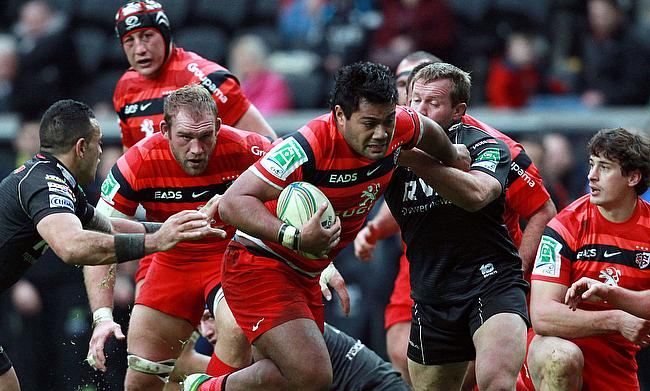 Christopher Tolofua (centre) has also played for Toulouse in the past