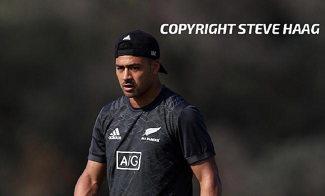 Richie Mo'unga is named at fly-half